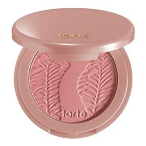 Tarte blush in party